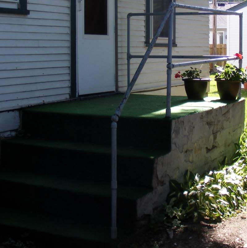 The Old Concrete Steps