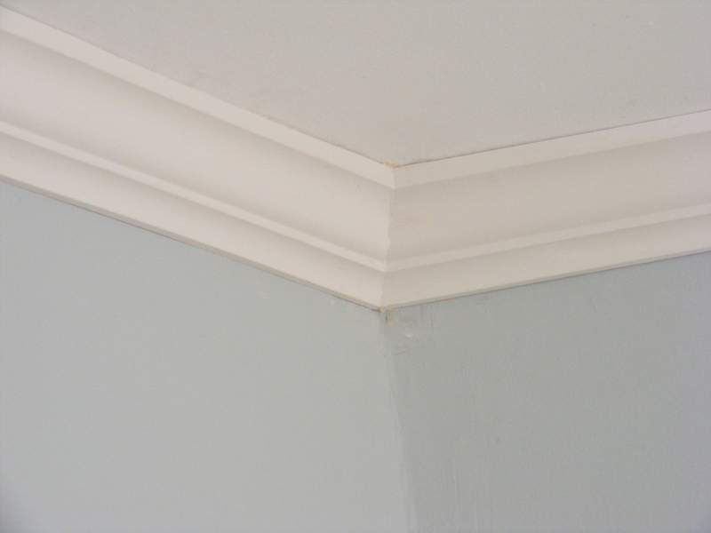 Crown Molding at a Ninety Degree Internal Corner