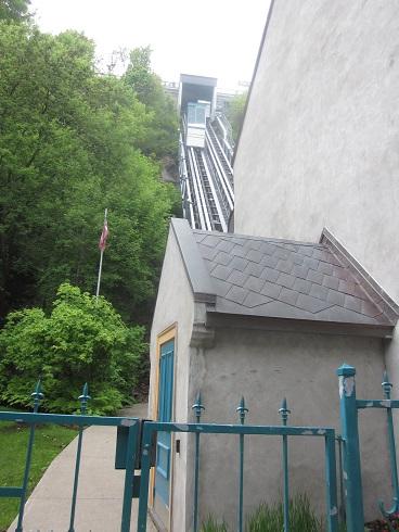 montreal metal roof 2