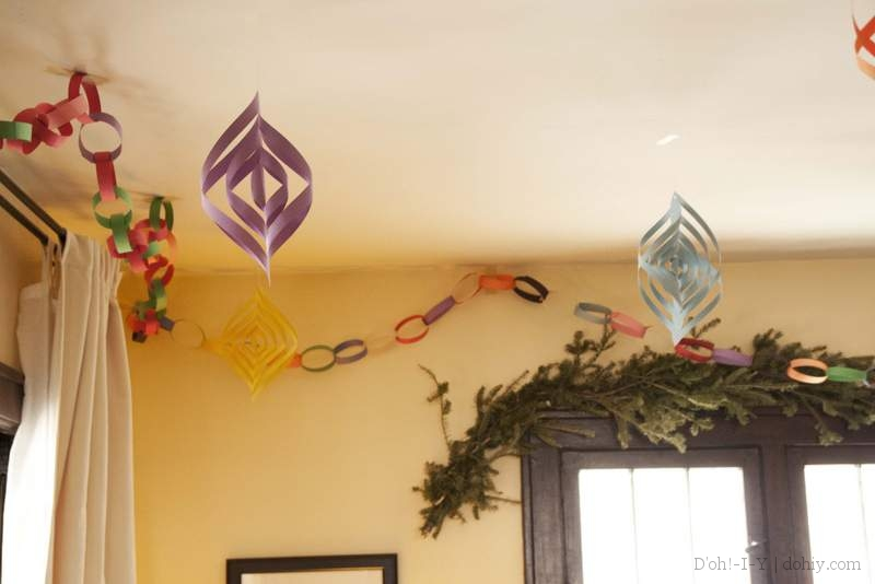 How To Make Paper Christmas Ceiling Decorations : Three dimensional paper christmas ornaments d oh i y