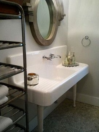 Repurposing A Vintage Farmhouse Sink In A Bathroom D 39 Oh I Y